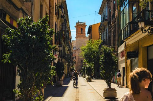 The most expensive and the cheapest areas in Valencia for property investment